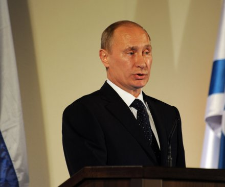 Putin hints he may not run in 2018