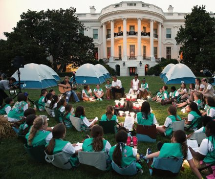 Obamas host White House lawn campout for Girl Scouts