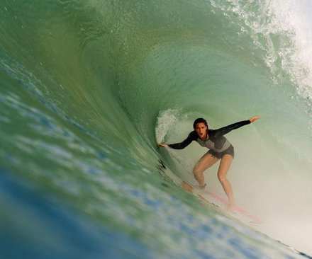 American woman has chance to make surfing history