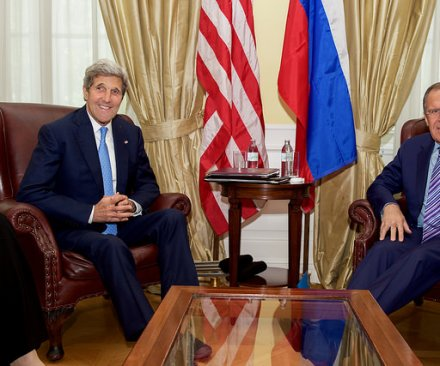 U.S., Russia agree to resume talks over Syrian airstrikes