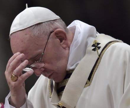 Pope Francis to pray at Auschwitz death camp