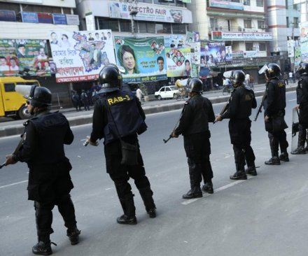 Bangladesh court sentences 26 to death for political killings