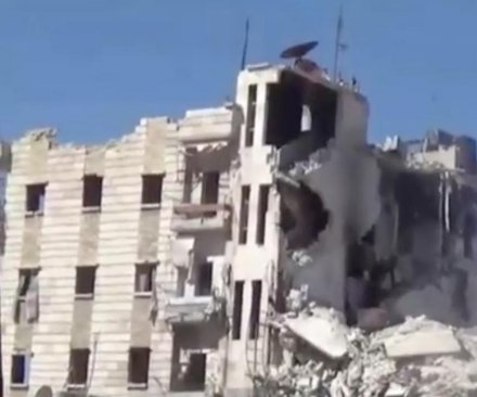 Bombs strike largest remaining hospital in Aleppo