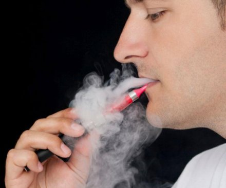 Flavored e-cig liquids may contain toxic substances