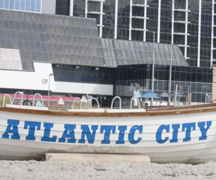 Revel, Atlantic City's newest casino, shuts down