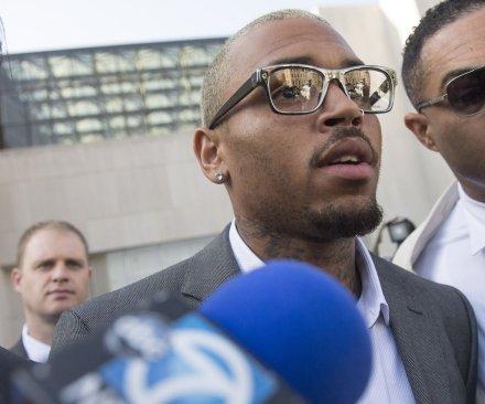 Chris Brown pleads guilty to fan assault in D.C.