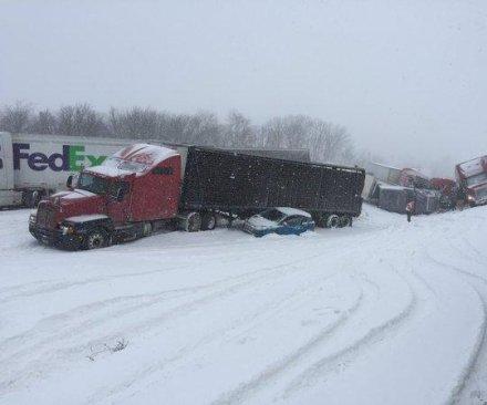 Strong winds cause 50 car pileup on Pennsylvania highway