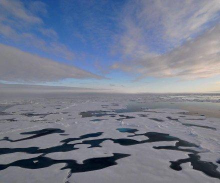 Russia prepares militarization of Arctic