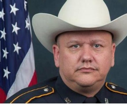 Suspect arrested in Texas deputy 'execution-style' shooting