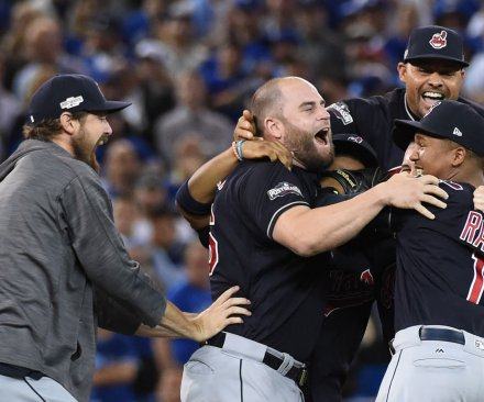 Cleveland Indians blank Toronto Blue Jays, book trip to World Series