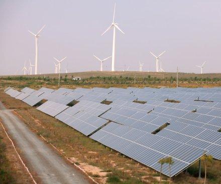 Report: U.S. wind energy sector booming