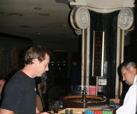 Study: gamblers' brains not unlike those of pigeons