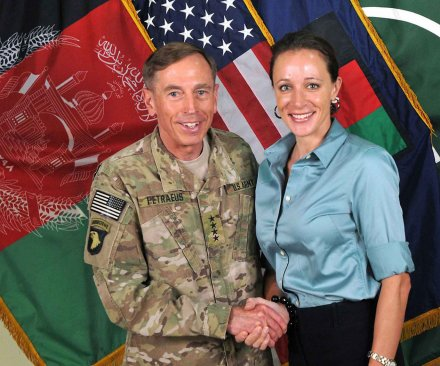 Ex-CIA Chief Petraeus to plead guilty to sharing classified info with mistress