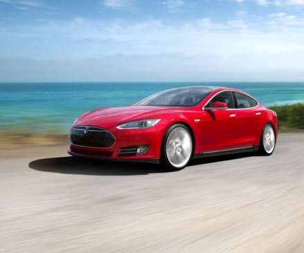 Michigan Gov. Rick Snyder officially bans sales of Tesla