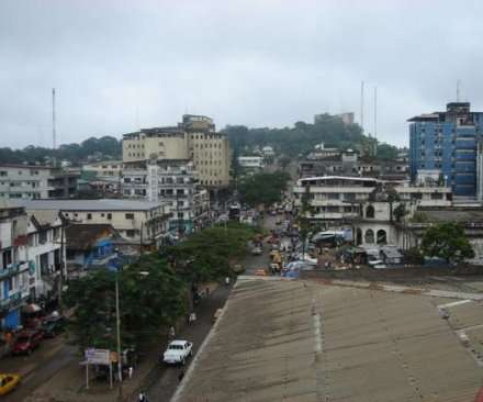 Liberian neighborhood quarantined to stop Ebola