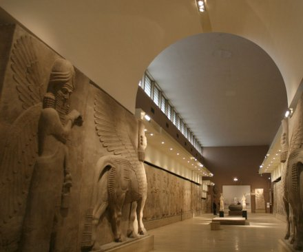 Baghdad opens formerly looted museum in response to IS video