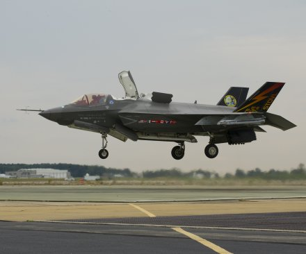 F-35B Lightning II fighters declared combat ready