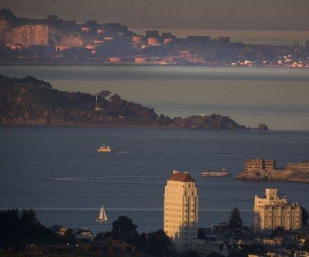 High levels of algae toxins in San Francisco Bay shellfish