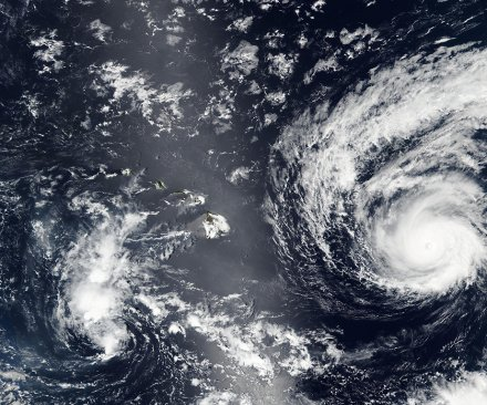 Hurricane Madeline weakens to category 3, but still packing punch near Hawaii