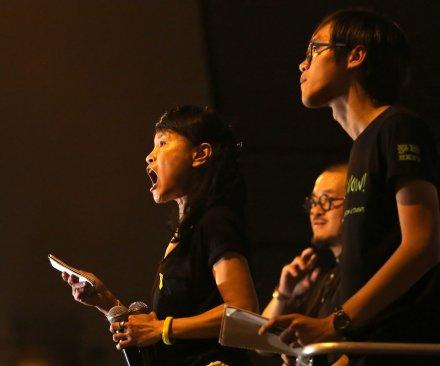 Hong Kong's pro-democracy protesters barred from entering China