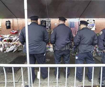 Thousands to attend slain NYPD officer's funeral