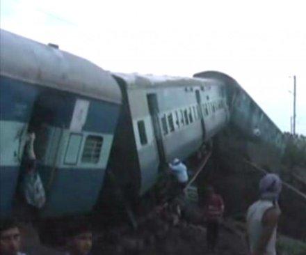 Flash flood triggers train derailment in India, killing at least 29