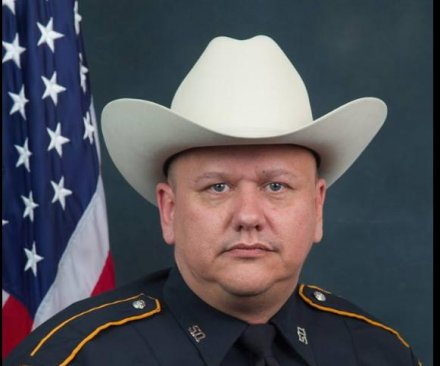 Texas deputy shot dead 'execution-style' at gas station