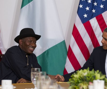 Nigeria election draws millions amid violence
