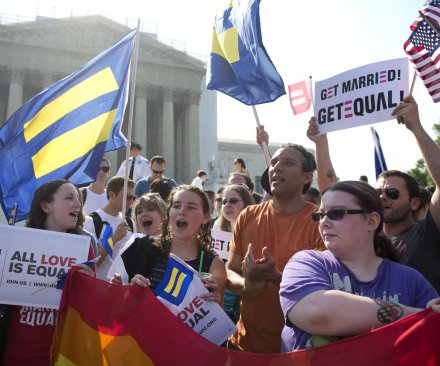Federal judge strikes down Florida gay marriage ban