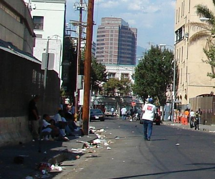 L.A. homeless camps expand beyond skid row