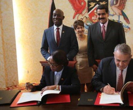 Venezuela, Trinidad and Tobago sign gas exploration, trade agreement