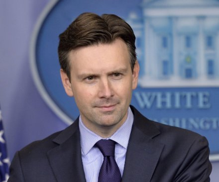 White House notified Syria but did not coordinate Islamic State airstrikes