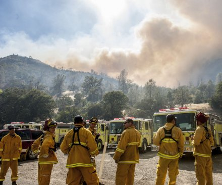 California wildfire efforts could be threatened by lightning, winds