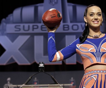 Katy Perry avoids deflategate, channels Marshawn in Super Bowl media event