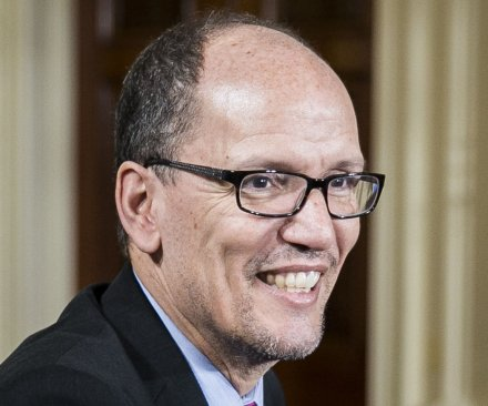 Labor Secretary Perez embarrassed by minimum wage; 'Christie has his head in the sand'