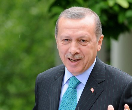 Turkey prepares decision on fighting Islamic State