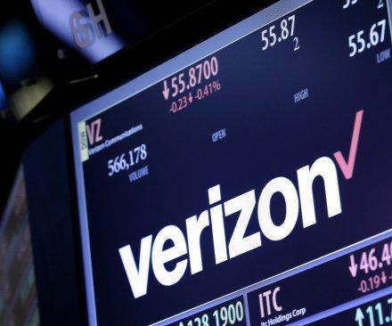 Verizon announces acquisition of Yahoo! for $4.83B