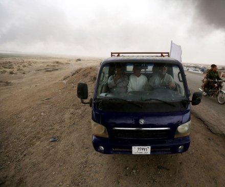 U.S.-led coalition bombs Islamic State-controlled Mosul hospital