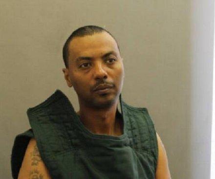 Manhunt underway for escaped prisoner in Virginia