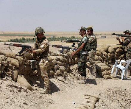 Islamic State captures 16 Kurdish towns