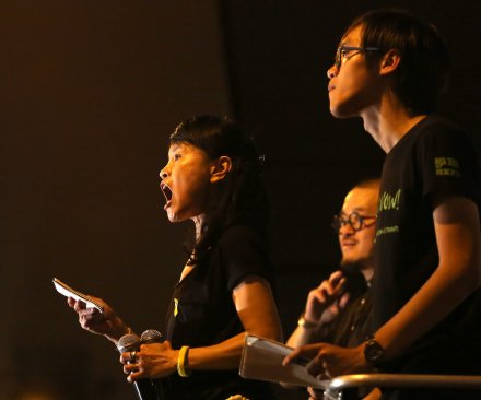 Hong Kong's pro-democracy protesters barred from entering China