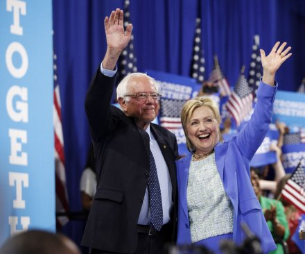 DNC emails appear to show staff plotted against Bernie Sanders during primary