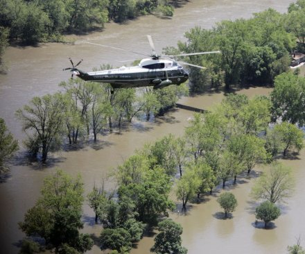 Iowa expects more rain, braces for record flooding