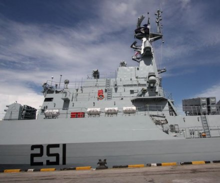 Al-Qaida attack on Pakistani frigate foiled