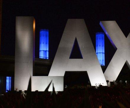 False report of shots at LAX create panic