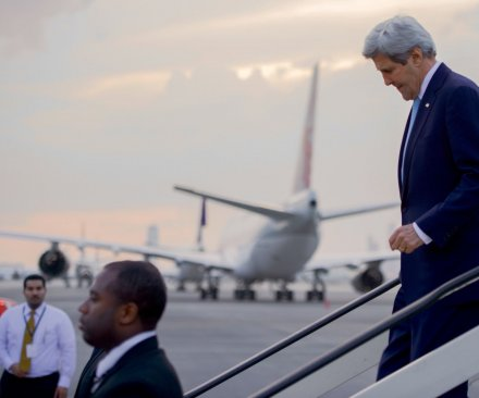 Kerry travels to Switzerland for urgent talks on Syrian conflict