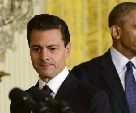 Obama, Nieto tout U.S.-Mexico relations, react to Trump's immigration remarks