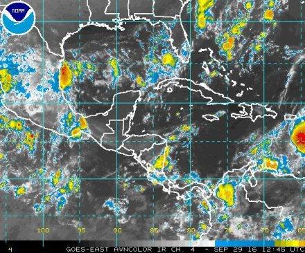 Matthew becomes hurricane, heads to Jamaica, Cuba, Bahamas
