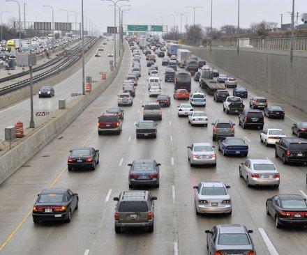 AAA: U.S. gas prices plummeting