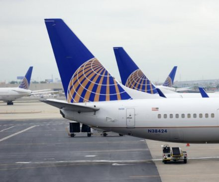 Two United Airlines pilots suspected of being drunk arrested at Glasgow airport